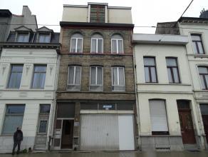 Ruim gemeubeld 1-slaapkamer appartementligging: nabij drukke invalswegen en Park Spoor Noordindeling: Het appartement bevindt zich op de tweede verdie