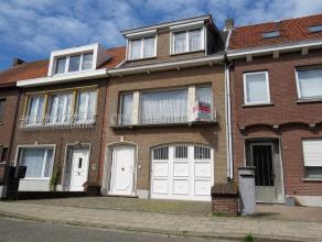 Deze bel-etagewoning ligt op een toplocatie tegen het centrum van Turnhout nabij, de ring, openbaar vervoer, winkels en de grote markt. Indeling: Inko