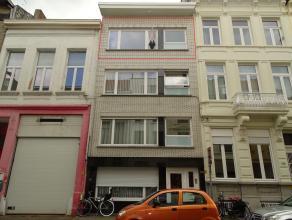 Ruim appartement gelegen in rustige straatLigging: Rustig gelegen in een eenrichtingsstraat inde Harmoniewijk. Openbaar vervoer, winkels en invalswege