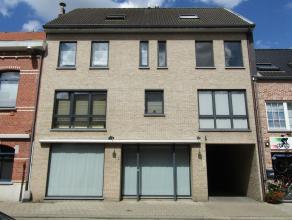 Knap appartement op de 1ste verdieping! Ligging: Jodenstraat 26C, Herenthout - gelegen in het centrum van Herenthout met alle voorzieningen op wandela