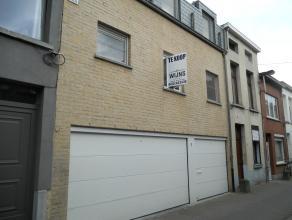 Instapklaar duplex-appartement (bel-etage) met o.a. 2 ruime slaapkamers, garage, 2 terrassen en stadstuin met tuinhuis.<br /> Uitstekend gelegen in ee