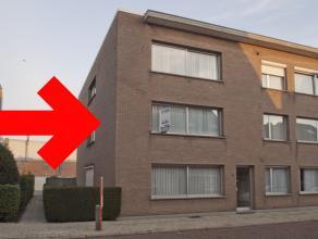 Goed gelegen en ruim appartement op de eerste verdieping van een gebouw met 6 appartementen.<br /> Het appartement heeft een ruime inkomhal, een grote