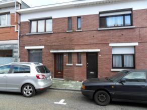 Korte Veldstraat 63: euro 570- gerenoveerde rijwoning - 2 slaapkamers - gunstig gelegen, op wandelafstand van de Grote markt - tuintje - vrij 1/12- EP