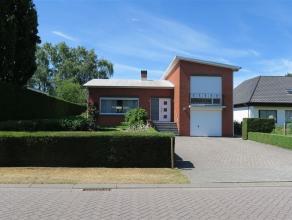 perfect onderhouden vrijstaande woning met ruime indeling, gelegen op een mooi perceel van 823 m² - de woning is rustig gelegen, in een landelijk