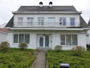 Ligging: verbindingsweg Arendonk - Oud-Turnhout Indeling: inkomhal, woonkamer, keuken, twee slaapkamer, badkamer, balkon, gemeenschappelijke garage. :