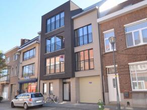 Dit appartement is gelegen op wandelafstand van de Grote Markt. Het appartement omvat een inkomhal, ruime en lichte woonkamer, open keuken, berging an