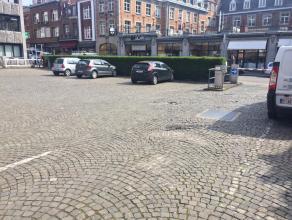 En plein centre de Namur, profitez du parking de la banque BNP située au 23 rue des Carmes. Propre et sécurisé, ce parking ext&ea