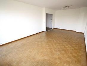 MEISER - Situé à proximité des commerces, des transports et des écoles, très bel appartement entièrement r&e