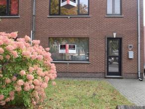 Mol centrum - woning HOB met afzonderlijke garage en ingesloten tuin.