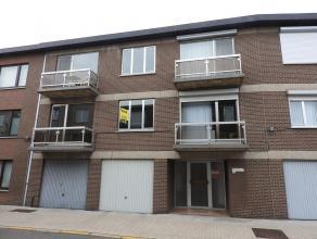 Appartement gelegen op de eerste verdieping met twee slaapkamers. Verder bestaat dit appartement uit een leefruimte met een aparte keuken. De badkamer