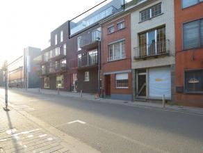 Dit nieuwbouwappartement is gelegen op de bovenste verdieping van Residentie Royale en beschikt over een bewoonbare oppervlakte van 70 m². Het st