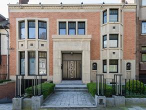 Proprit personnelle de larchitecte Lon Sneyers. Construite en 1926-1927 et rcemment rnove, cette maison de Matre a t cre afin dy tablir sa propre habi