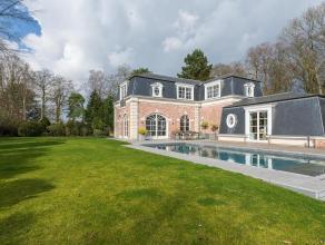 Dans le quartier du Prince d'Orange, lumineuse villa rcemment rnove dans un style contemporain, d'une superficie habitable de 460 m complte par un stu