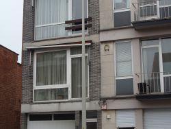 Klein appartement met 1 slaapkamer op de tweede verdieping.
