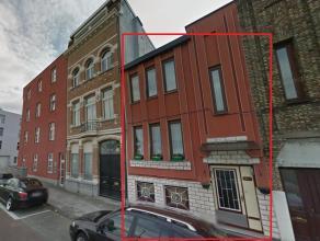 Woonhuis met 4 slaapkamer, ieder 14 m² groot, twee badkamers, één met douche en één met bad, gelijkmatig verdeelt ove