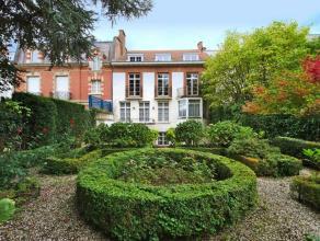 Face au Bois de la Cambre, sur la prestigieuse avenue, belle maison de caractère 1932 (architecte Bonduel) façade 11 mètres, tr&e