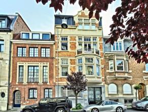Dans le quartier Molière belle maison de maître 1927, façade 7m50 (architectes M. Derneden et A. Mineur) sise sur un terrain de +/