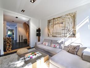 Jolie maison meublée, de +/- 110 m² entièrement rénovée avec goût et matériaux de qualité. PREMIR