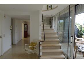 Dans le Quartier du Stade Fallon Beau duplex/penthouse, 3è et 4è étages, dans petit immeuble très lumineux, env 270 m2 + p