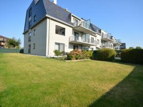 IN OPTIE: Recent gelijkvloersappartement met 2 slaapkamers en bureau, 2 terrassen en grote tuin. <br /> <br /> Het appartement is voorzien van verlich