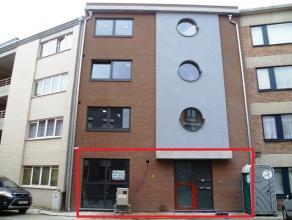 Een ruime gelijkvloerse kantoorruimte van ± 180m² in het centrum van Mechelen! U hebt de mogelijk tot het bijhuren van een autostaanplaats