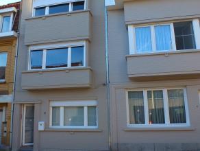 Zeer mooi gerenoveerde woning ( 230m²) met 5 slaapkamers op wandelafstand van het strand.<br /> Enkel op jaarbasis te huur.