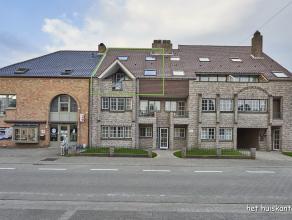Goed gelegen duplex appartement (122 m²) met 3 slaapkamers en een garagebox in het centrum van Lommel.