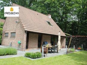 Instap klare gezinswoning<br /> op een zeer rustige ligging in de goedgekeurde woon/weekendzone<br /> van Essen - Wildert.Op een boogscheut<br /> van