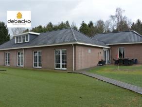 Charmante zeer ruime woning<br /> te Essen Horendonk.  De woning is gelegen op een perceel van<br /> respectievelijk 6628 m² eigen grond en voorz