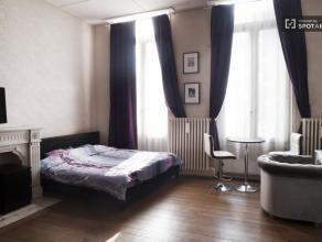Sympathique studio de 34 m² à Ixelles proche Ixelles near Central Brussels 750,00 € charges incluses ! N'hésitez pas à nous