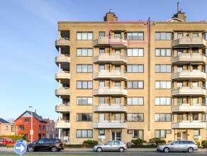 Dit gezellig appartement met ondergrondse AUTOSTAANPLAATS bevindt zich op de 6de verdieping in een goed onderhouden gebouw met LIFT.<br /> Het lichte