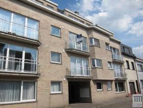Appartement 90m² op de 2e verdieping, zeer goed gelegen in een rustige zijstraat van de Villerslei, nabij het centrum bij winkels en openbaar ver