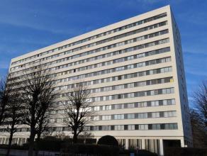 Mooi onderhouden appartement gelegen in residentie Groenenborgerhof  op de  11de verdieping van een statig en representatief gebouw aan de Rucaplein.