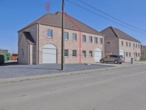 Deze kwaliteitsvolle en volledig afgewerkte woning is gelegen op 500m van het centrum van Wortegem.<br /> Dankzij de vlotte verbindingen bent u in min