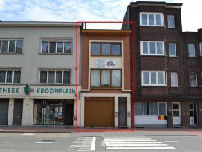 Gelijkvloers Gemeenschappelijke inkomhal 12 m². Kelder 41 m² STUDIO momenteel te huur aan 550,- euro/ maand + 100,- euro voorschot gas, wate