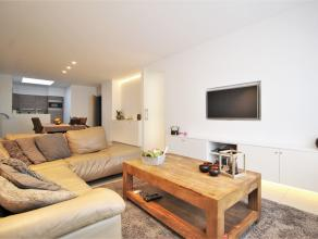 Prachtige woning te huur gelegen in Heule.<br /> <br /> Lichtrijke leefruimtes met aansluitend een moderne keuken.<br /> <br /> Badkamer is ingericht