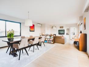 Centraal maar rustig gelegen penthouse van 130 m² op de volledige 6e verdieping met een magnifiek terras van 90 m² en prachtig uitzicht over