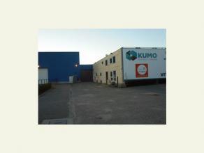 Deze zeer ruime opslagruimte (magazijn) heeft een oppervlakte van 39,81 m².<br /> Het gaat om overdekte en afgesloten Units in een gebouw waar me