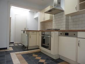 ''Rue des Arbalestriers 12Maison entièrement rénovée:  salon, salle à manger, cuis. super équ., 1 SDD, 1 SDB, 2 ch.