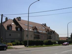 ''Chaussée de Bruxelles 137/22<br /> Hall, gd séjour avec terrasse, cuis. ent. équip, SDB + douche, WC, buanderie, 2 ch, garage.