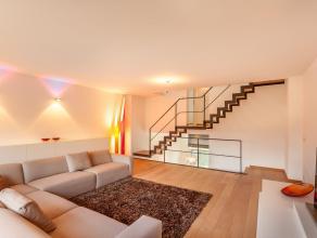 Deze prachtige Kwadraat woning, gelegen op slechts enkele minuten rijden van Leuven, is een droom voor design liefhebbers en perfectionisten onder ons