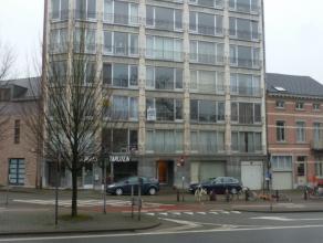 Vlak bij Naamsepoort, nette studio ± 22 m2, op de 2e verdieping vooraan. Dadelijk beschikbaar. BEZOEK AANVRAAG ENKEL TELEFONISCH OP 016/23.37.3