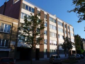Gezellig appartement met twee slaapkamers gelegen op de 2de verdieping nabij het centrum van Leuven.<br /> <br /> Dit appartement bestaat uit een ruim