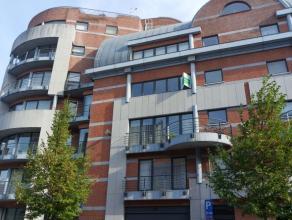 Luxueus appartement met 2 slaapkamers en een terras met uitzicht op de Sint-Pieterskerk. <br /> <br /> Het appartement heeft een oppervlakte van +/- 1