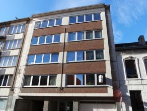 Ruim appartement op een boogscheut van Leuven station! <br /> <br /> Het appartement is gelegen op de tweede verdieping en bestaat uit een ruime inkom