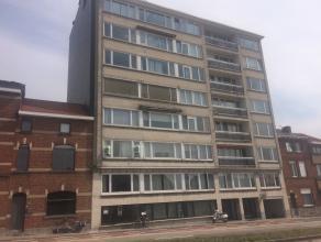 """Ruim appartement met 3 slaapkamers gelegen op de tweede verdieping in het gebouw """"De Kartuizer"""".<br /> <br /> Het appartement bestaat uit een inkomhal"""
