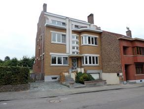 Stijlvolle art-deco woning (1949 - 337 m² bruto opp - te renoveren) met vijf slaapkamers, bureau, veel berging, grote kelder met garage, overdekt
