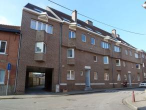 Goed gelegen gelijkvloers appartement  met groot, privatief terras nabij centrum Heverlee, op wandelafstand van het station.<br /> <br /> Het appartem