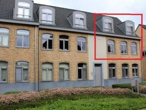 Schoolstraat 33a bus 4 - 3040 Huldenberg (Ottenburg)<br /> Prachtig duplex-appartement met 3 slaapkamers (142m²) en groot ZW-gericht terras (20,7