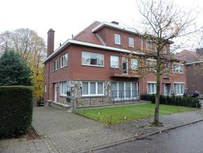 Modern appartement (2012) met twee slaapkamers, terras en autostaanplaats gelegen aan de Leuvense stadsrand.<br /> Het appartement is gelegen op de g